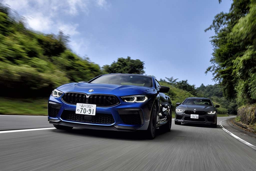 BMW M8 COUPE COMPETITION(左)とM8 GRAN COUPE COMPETITION(右)
