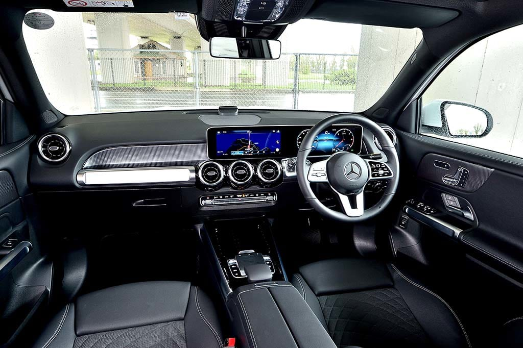 MERCEDES-BENZ GLB200d