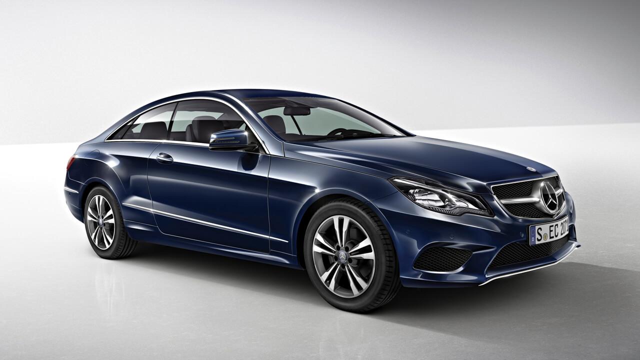カワイくて、カッコいい! 「フィフス・ウェイブ」のクロエ・モレッツはメルセデス党!? - Mercedes-Benz E-Klasse Coupé, E 500, (C 207), 2013