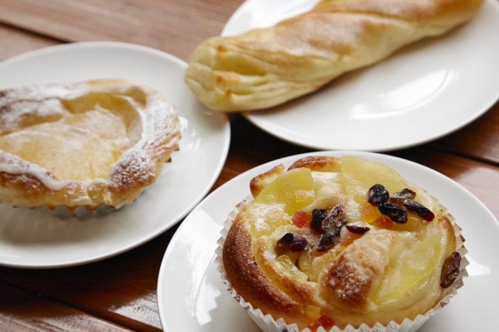 安曇野名物といえば蕎麦を思い浮かべるが、最近は自然素材を使ったこだわりの自家製パンを出す店が増えてきている。
