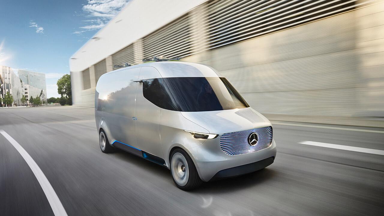 【動画】屋根にドローンのヘリポート! メルセデス・ベンツが未来のバンのコンセプトを発表 - Mercedes-Benz Vision Van