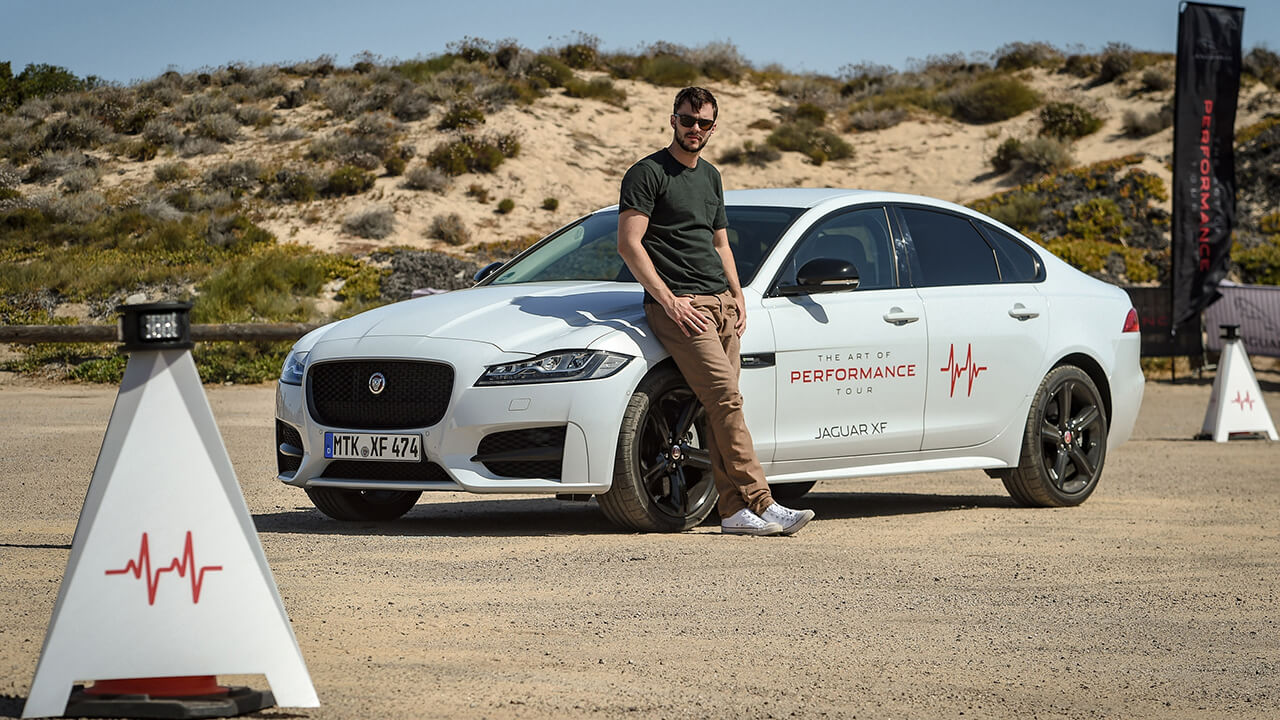 Bosch09 - Jaguar - The Art of Performance Tour - Nicholas Houlte Activity - Sardinia