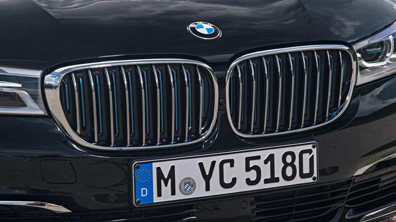ビーエムばかりがなぜ売れる? BMWの9月世界販売結果が絶好調 - 1017_bmw-sales-september_01