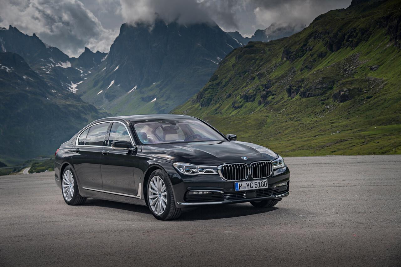 ビーエムばかりがなぜ売れる? BMWの9月世界販売結果が絶好調 - 1017_bmw-sales-september_08