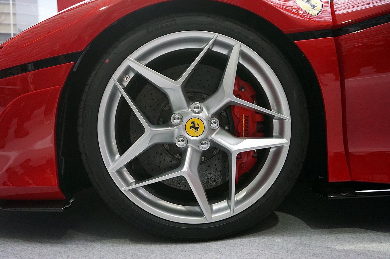 「フェラーリJ50」が日本上陸50周年記念、ラストイベントにサプライズ登場!価格はなんと3億円!! - 13