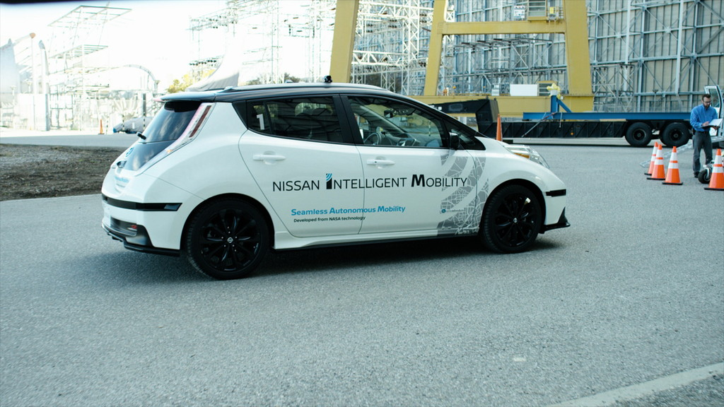 【CES 2017】日産がNASAの技術で自動運転車の事故を防ぐ構想を発表 - Nissan
