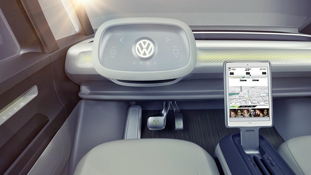 【デトロイトショー2017】VWが電気自動車のミニバン「I.D.BUZZコンセプト」を公開 - 0110_vw-i-d-buzz-concept_10