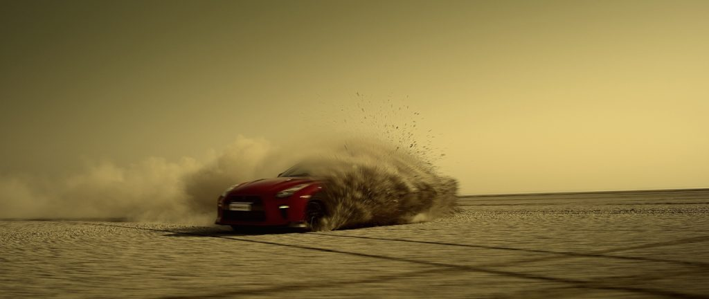 Nissan GT-R offers a #LegendarySalute to India