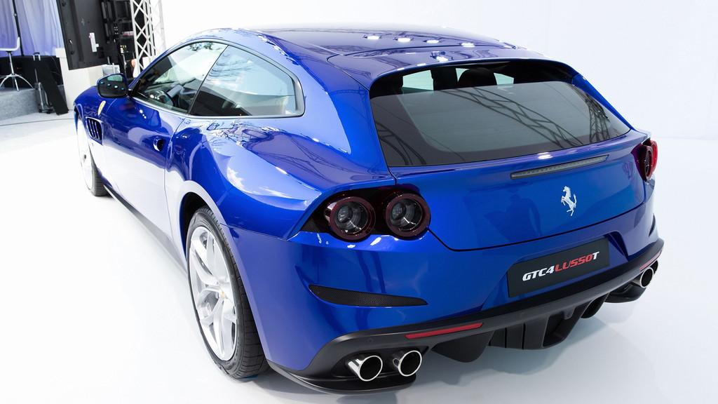 毎日楽しめるスーパーカー! フェラーリ新型「GTC4ルッソT」が日本初披露 - 0317_Ferrari-GTC4LussoT_02