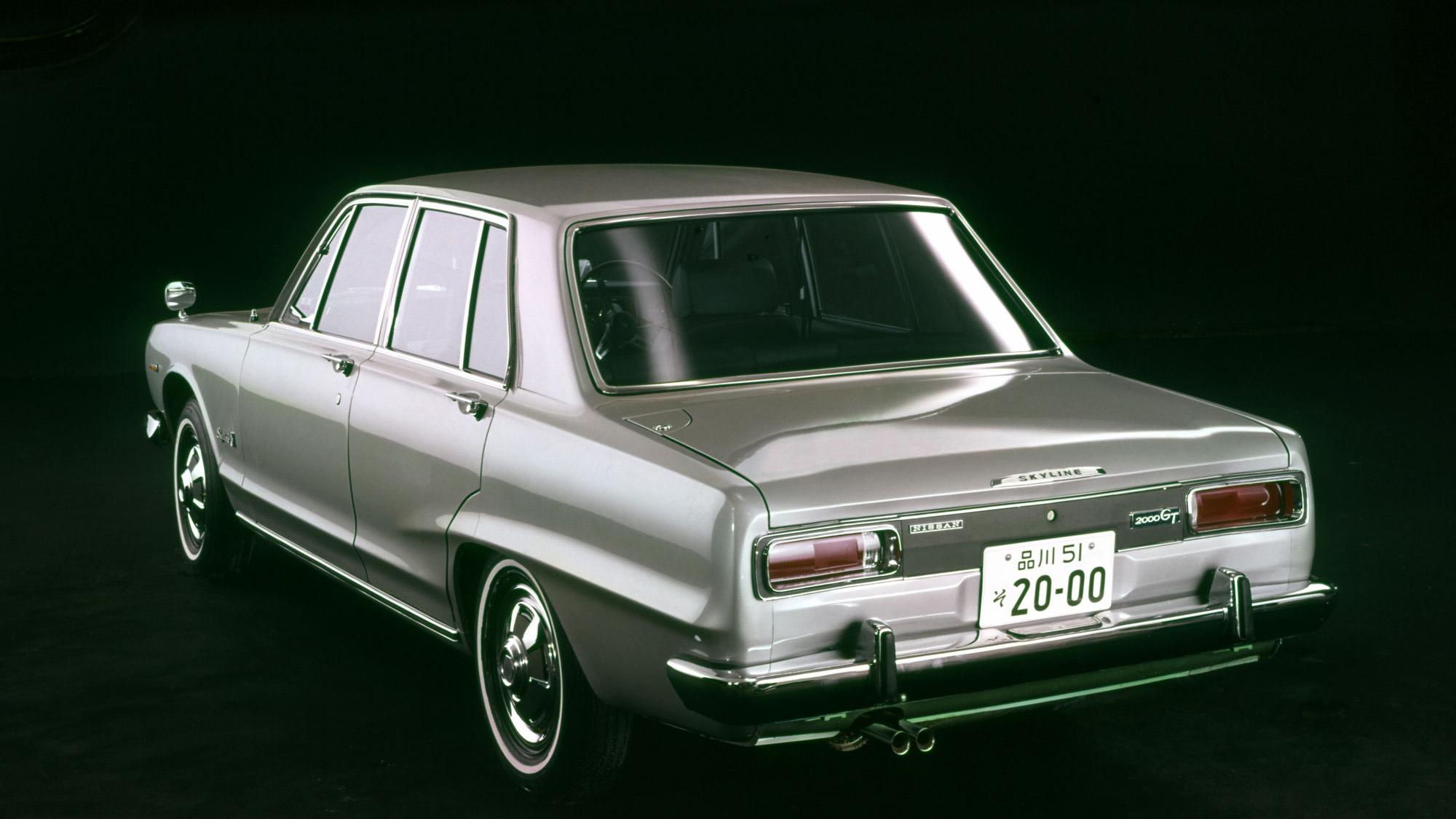 日産「スカイライン」の60年、全モデルを写真で振り返る① - 1968_2000GT_GC10_rear-source