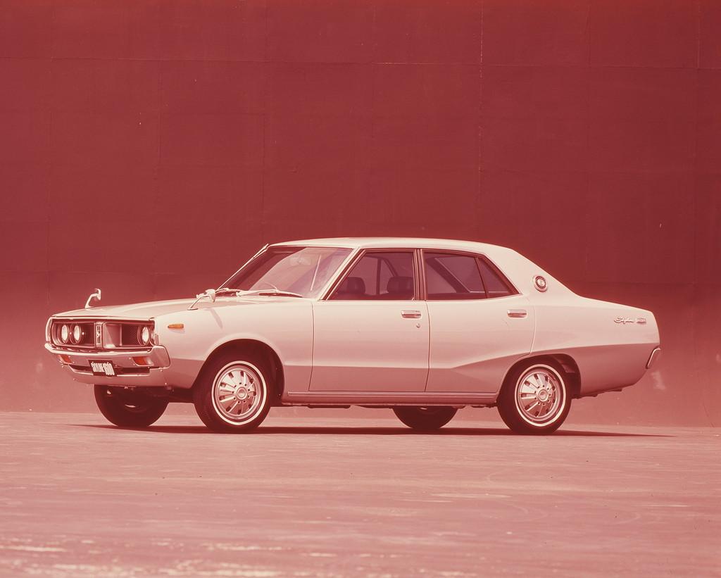 日産「スカイライン」の60年、全モデルを写真で振り返る② - 1972_1600Sedan_DX