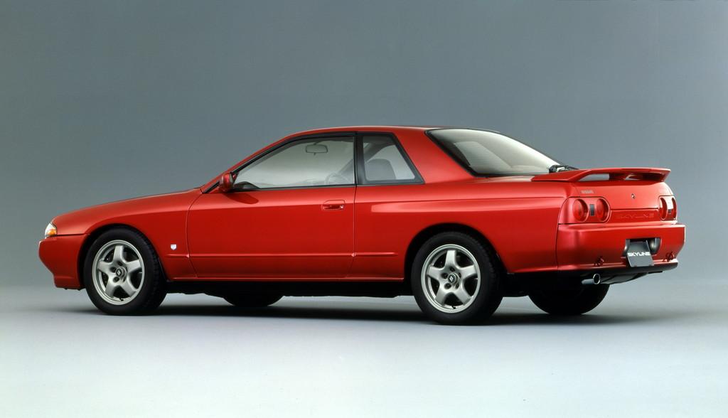 1989_Skyline_2-door_Sport_Coupe_GTS-t_Type_M_01