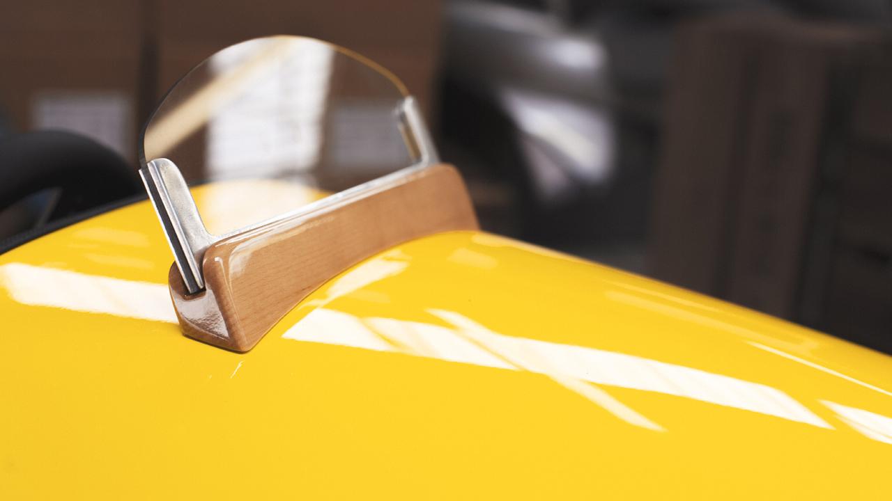 モーガン「EV3ジュニア」はカーボン製ボディ&木製ダッシュボードの超本格派 - ev3-junior-2-min