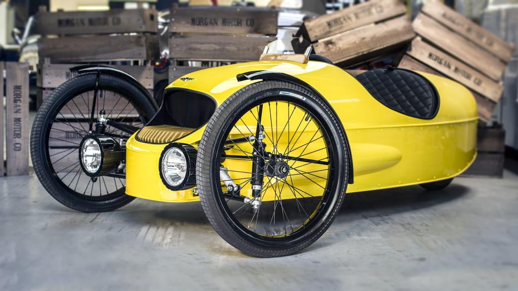モーガン「EV3ジュニア」はカーボン製ボディ&木製ダッシュボードの超本格派 - ev3-junior-7-min