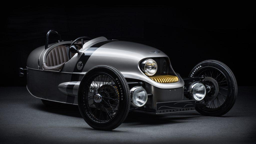 モーガン「EV3ジュニア」はカーボン製ボディ&木製ダッシュボードの超本格派 -