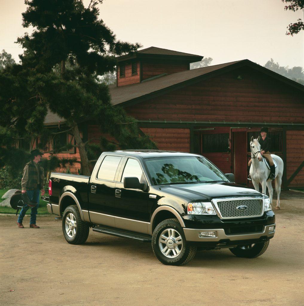 """フォードのピックアップトラックは文字通りの「国民車」! アメリカの隠れた""""ファースト""""が100周年に -"""