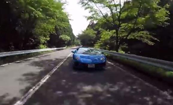 【動画】河口まなぶが「ランボルギーニ・アヴェンタドールS」を試乗! -