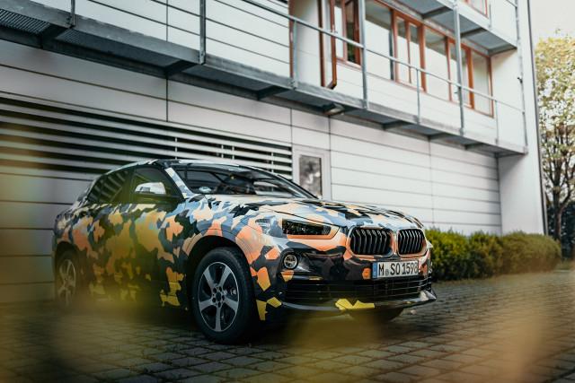 0814_BMW-X2-teaser_05