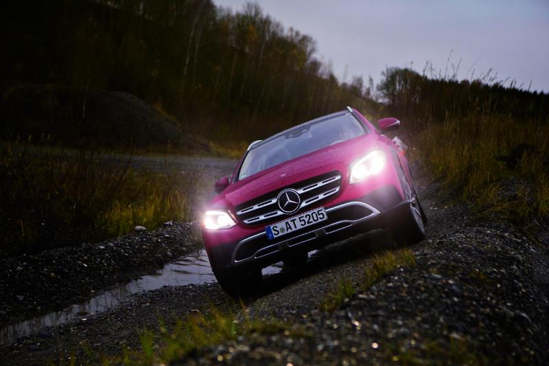 0927_Mercedes-E220d-All-Terrain_02