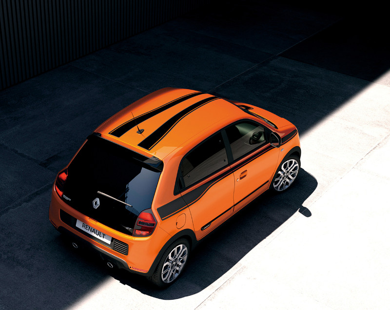 0928_Renault-TwingoGT_02