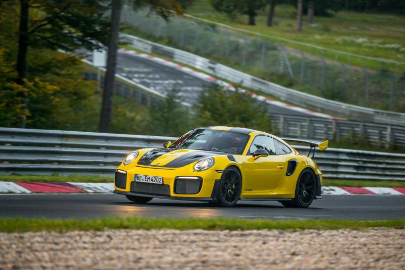 1002_Porsche911GT2RS-Nur-fastest-lap_06