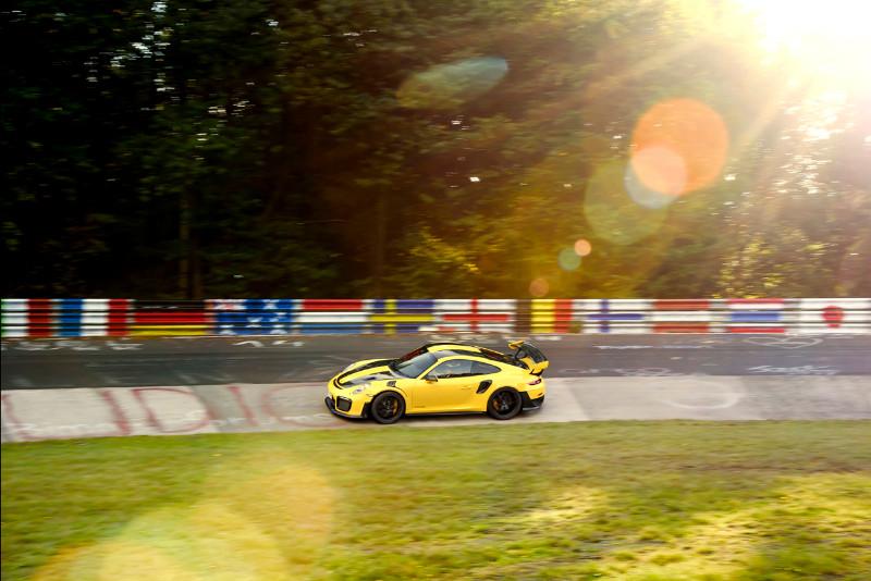 1002_Porsche911GT2RS-Nur-fastest-lap_07