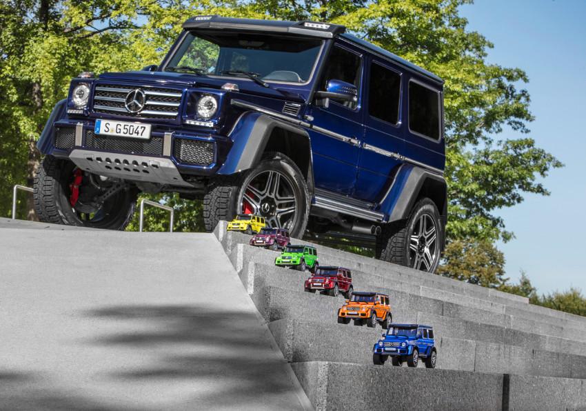 1005_MercedesGclass-modelcar_02