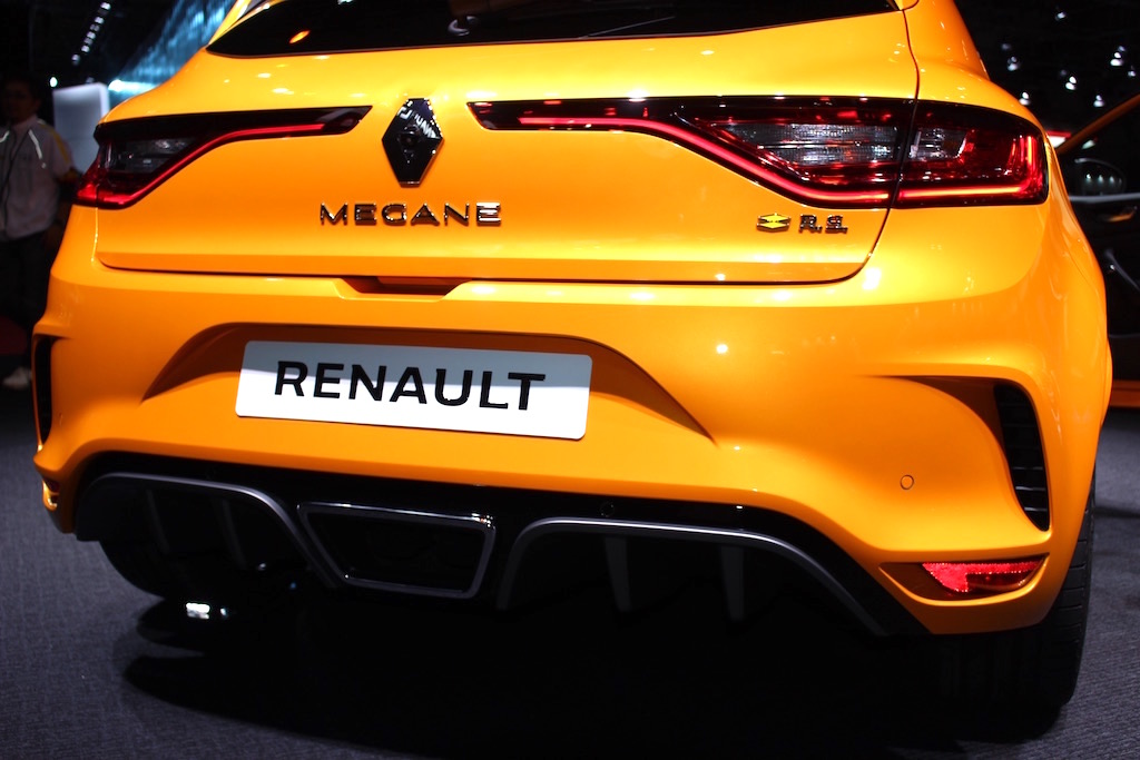 Bicycle_03 - Renault_MEGANE_RS_02